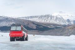 Free Columbia Icefield Glacier Adventure Bus Stock Photos - 190997213