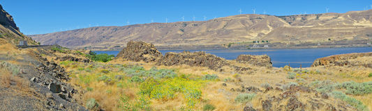 Columbia klyfta - vindgeneratorer - panorama Royaltyfri Fotografi