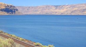 Columbia klyfta - vindgeneratorer - panorama Royaltyfri Bild