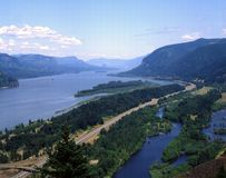COLUMBIA RIVER GORGE. View of Columbia River Gorge with surrounding hills Royalty Free Stock Images