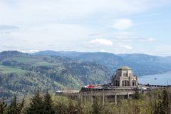 Multnomah County, Oregon / USA - 03/30/17: Tourists at the Crown Point and the Vista House, Columbia River Gorge royalty free stock photos