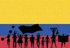 Columbiaans verdedigerssilhouet voor bakstenen muur met Colom stock illustratie