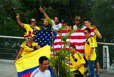 Columbianen en Amerikanen bij de Wereldbeker van FIFA royalty-vrije stock afbeelding