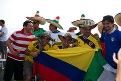 Columbianen en Mexicanen bij de Wereldbeker van FIFA Royalty-vrije Stock Afbeelding