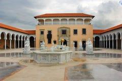 Columbus-Brunnen, Ralli Museum in Caesarea, Israel Lizenzfreie Stockfotografie