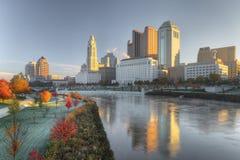 Columbus Ohio horisont på en klar nedgångdag Royaltyfri Foto
