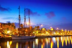 Columbus Quay del puerto Vell por la tarde. Barcelona foto de archivo