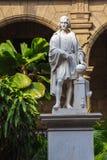 Columbus Statue i Palacio De Los Capitanes, havannacigarr Arkivfoton
