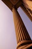 Columna de piedra clásica, Londres, Reino Unido Imagenes de archivo