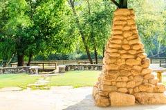 Columna de piedra en el pabellón de la comida campestre Imagen de archivo