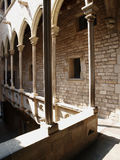 Columna en el museo de Dali Imagenes de archivo