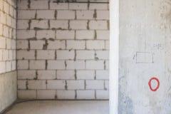 Columna en interior inacabado bajo construcción Fotografía de archivo libre de regalías