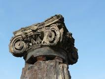 Columna en la ciudad romana antigua de Pompeii Foto de archivo