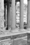 Columnade antico (Roma) Fotografie Stock Libere da Diritti