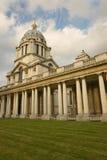 Columnade der königlichen Marinehochschule Lizenzfreie Stockfotografie