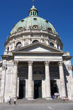 columnar facade för domkyrka Arkivfoton