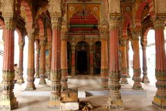 Columnas adornadas del monumento foto de archivo libre de regalías