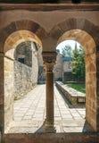 Columnas con los arcos Fotografía de archivo