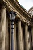 Columnas de alivio de la catedral imagenes de archivo