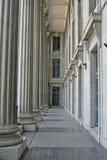 Columnas de la piedra de construcción de la ley Foto de archivo libre de regalías