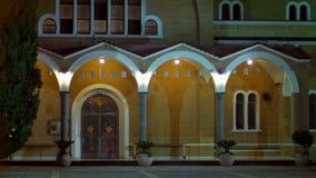 Columnas de la puerta del vintage y linterna de la noche Arquitectura de Chipre metrajes