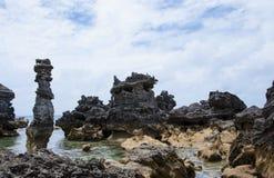 Columnas de las rocas de la piedra caliza Imagen de archivo