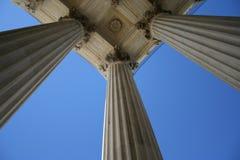 Columnas de mármol en el Tribunal Supremo Imágenes de archivo libres de regalías