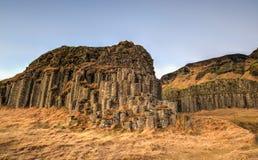 Columnas del basalto de Dverghamrar, Islandia Imagenes de archivo