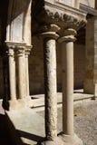 Columnas del claustro de la abadía de Flaran. Imagen de archivo