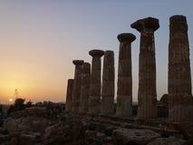 Columnas del griego clásico Imagen de archivo libre de regalías