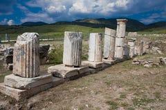 Columnas en Hierapolis Imagen de archivo libre de regalías