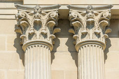 Columnas griegas del Corinthian del templo Fotografía de archivo