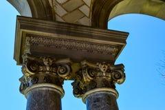 Columnas iónicas Imagen de archivo libre de regalías