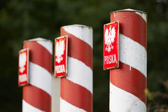Columnas rojas y blancas fotografía de archivo