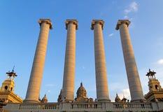 Columnas y Museo Nacional de Cataluña, Mointjuic Fotos de archivo