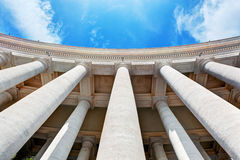 Columnatas de la basílica de San Pedro, columnas en la Ciudad del Vaticano imagen de archivo libre de regalías