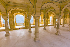 Columned zaal van Amber Fort dichtbij Jaipur Stock Afbeeldingen