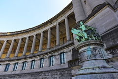 Columns and statue of Parc du Cinquantenaire building in Brussels Stock Photography