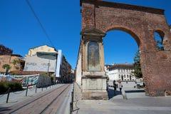 Colums för Colonne di San Lorenzo Saint Lawrence ` s i Milan, Italien arkivbild