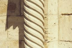Coluna alta antiga imagens de stock royalty free