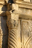 Coluna cinzelada ornamentado, o Alamo, San Antonio, TX Fotos de Stock