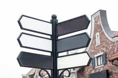 Coluna com sinais de rua vazios fotografia de stock