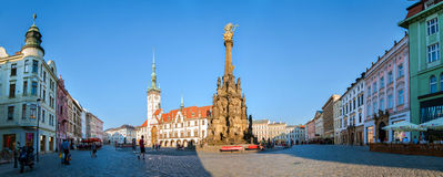Coluna da trindade santamente no quadrado superior em Olomouc imagens de stock royalty free