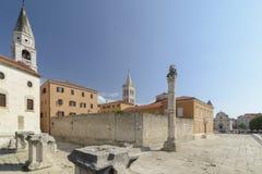 Coluna da vergonha, do St Elias Church e da catedral de St Anasta fotos de stock
