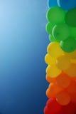 Coluna de baloons do ar no fundo do céu Imagem de Stock Royalty Free