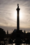 A coluna de Nelson, Trafalgar Square, Londres imagem de stock
