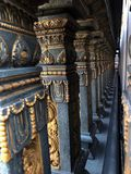 Coluna de pedra no templo hindu Fotografia de Stock