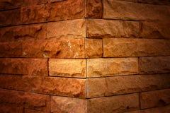 A coluna do inclinação do tijolo Fotografia de Stock Royalty Free