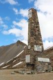 Coluna em cima do ` Izoard do colo d, parque natural de Queyras do francês Fotos de Stock Royalty Free