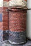 Coluna redonda do tijolo foto de stock royalty free